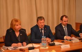 Комитет Госдумы по аграрным вопросам под председательством В.И. Кашина провел «круглый стол» на тему «Совершенствование законодательства по поддержке малых форм хозяйствования и кооперации»
