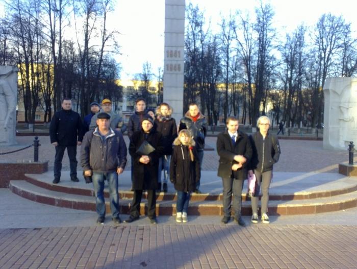 Коммунисты ППО «Силикатная» Подольского ГК КПРФ приняли в свои ряды 7 молодых сторонников партии
