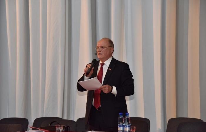 Г.А. Зюганов: «Мы продолжаем свою линию уверенно и профессионально»