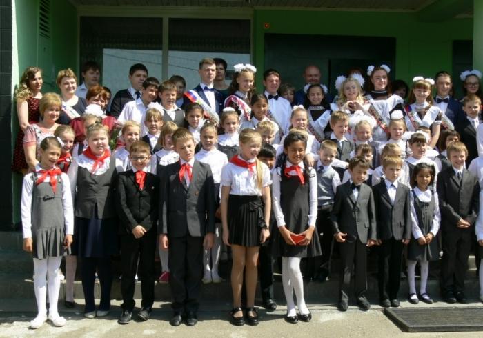 Последний звонок отметили школьники деревни Турово Серпуховского района