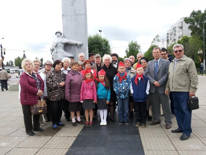 Коммунисты Орехово-Зуево почтили память павших в Великой Отечественной войне