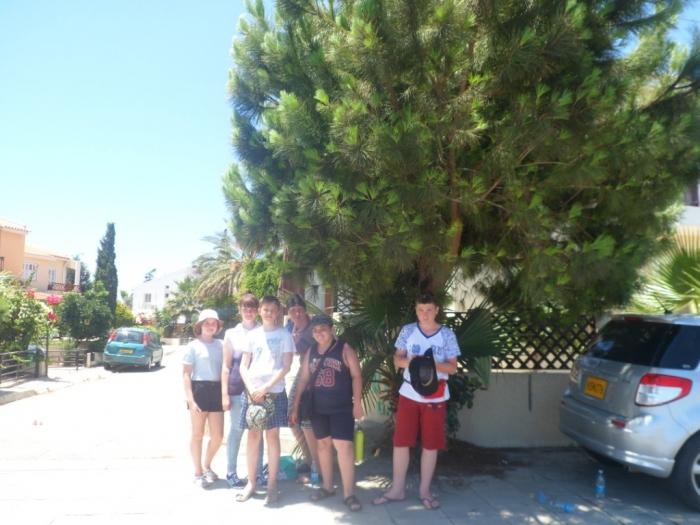 Пионерский слет в молодежном лагере на Кипре
