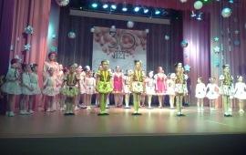 А.П. Галдин поздравил ансамбль «До-ми-соль» с 30-летием