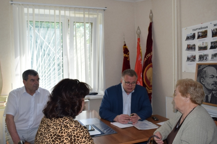Депутат Мособлдумы Александр Наумов провёл приём граждан в г.о. Домодедово
