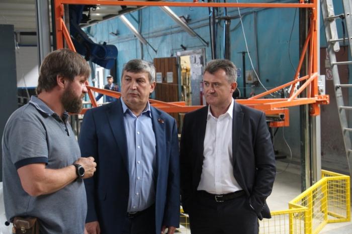 Кандидат в Губернаторы Подмосковья от КПРФ К.Н. Черемисов посетил предприятие «Тритон»