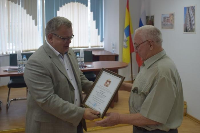 Александр Наумов поздравил коллектив «Гюнай» с Днём строителя