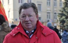 Владимир Кашин: Звезда и Знамя Октября надёжно держатся в руках трудового народа!