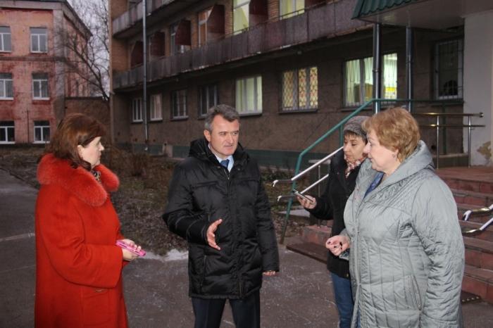 Депутат Мособлдумы пообещал построить спортплощадку для детей-инвалидов