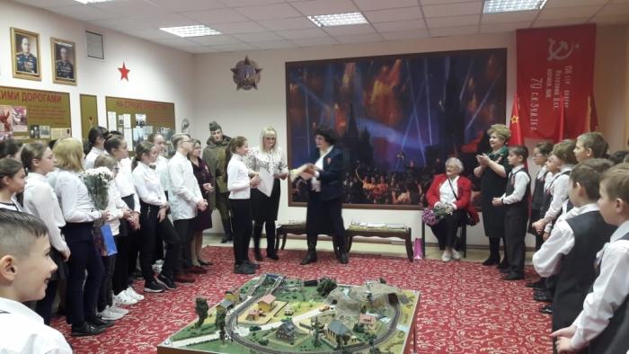 Елена Мокринская поздравила победителей конкурса творческих работ «Славная юность моей фамилии»