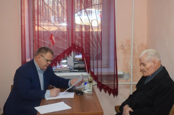 Депутат Александр Наумов провел прием в г.о. Чехов