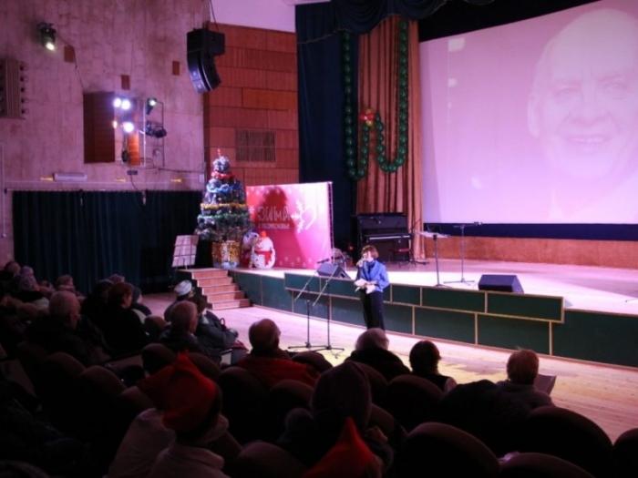 Малаховка помнит, читает и поет песни Добронравова
