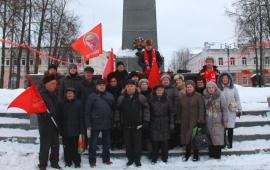 Ленин и сейчас живее всех живых!
