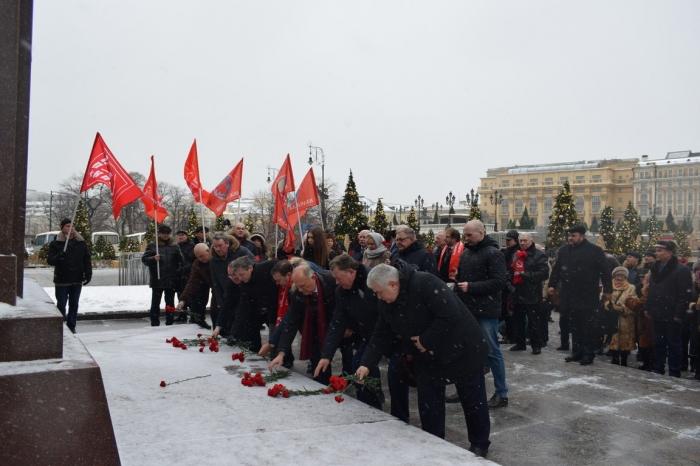Г.А. Зюганов о В.И. Ленине: Это гениальный мыслитель, политик, стратег и тактик