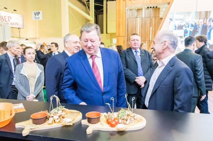 В.И. Кашин принял участие в торжественной церемонии открытия 26-й международной выставки «ПРОДЭКСПО-2019»