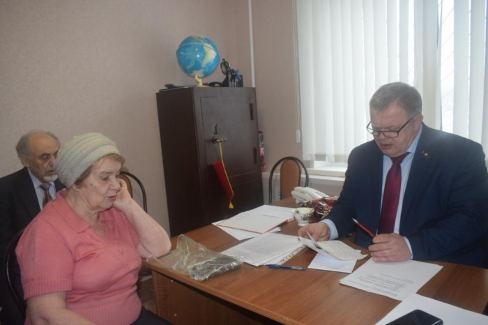 Александр Наумов провёл приём граждан в г.о. Домодедово