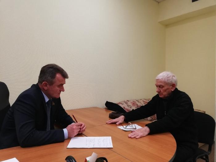 Василий Мельников пообещал разобраться с вопросом ограничения доступа жителей к Учинскому водохранилищу