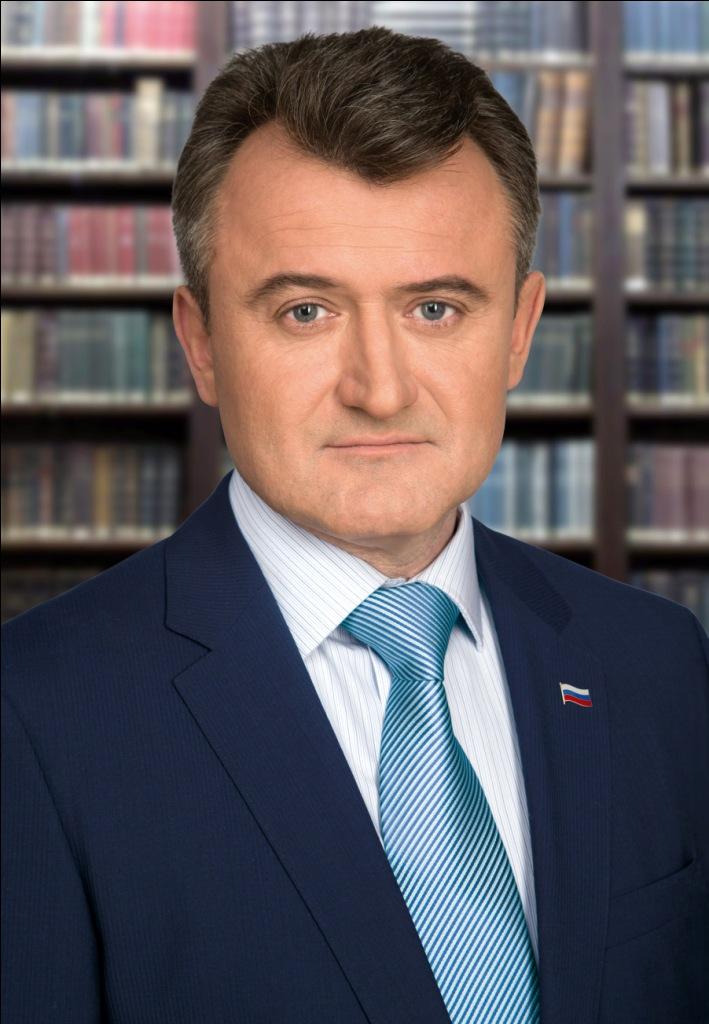 Василий Мельников