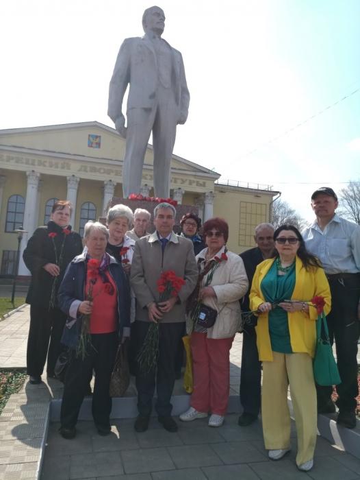 Коммунисты Люберецкого отделения отмечают день рождения Ленина