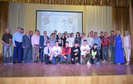 Александр Наумов поздравил с победами лыжников Подольска