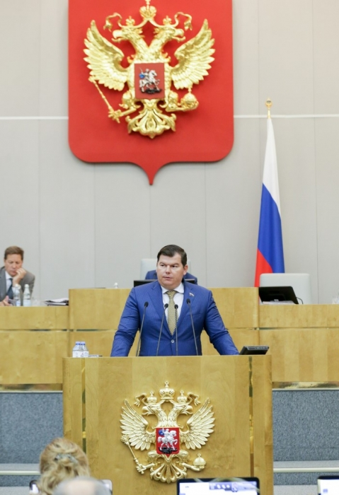 Михаил Авдеев:  Государственная Дума одобрила в первом чтении  изменения в закон о регистрации транспортных средств
