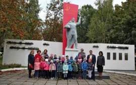 Коммунисты Воскресенска провели тематическое занятие в детском саду