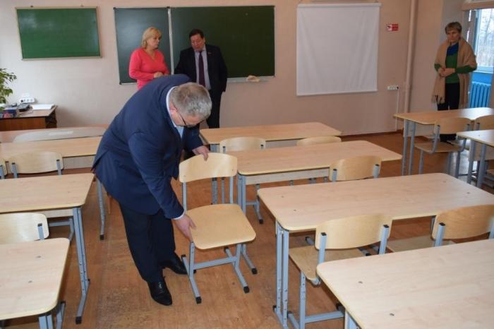 Депутат Александр Наумов посетил школу г.о. Каширы