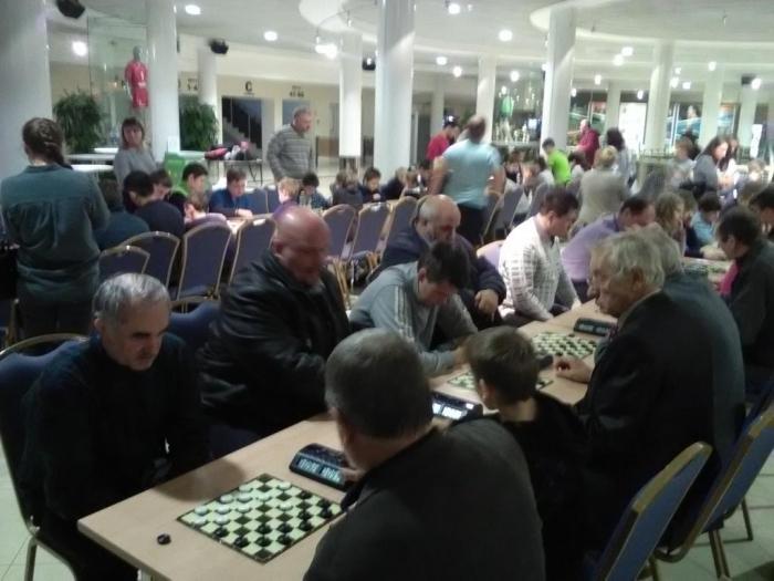 В Одинцово состоялся турнир по шашкам