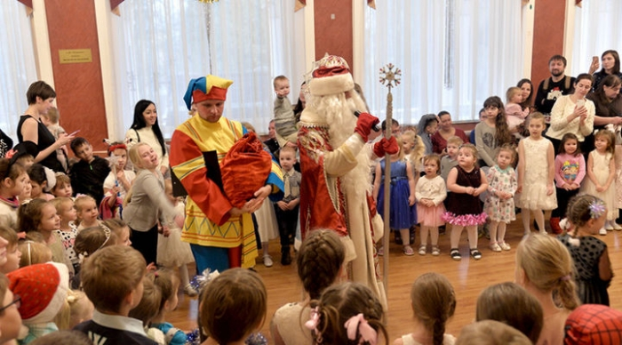 Новогодний праздник для многодетных семей второй раз провели в Пушкино