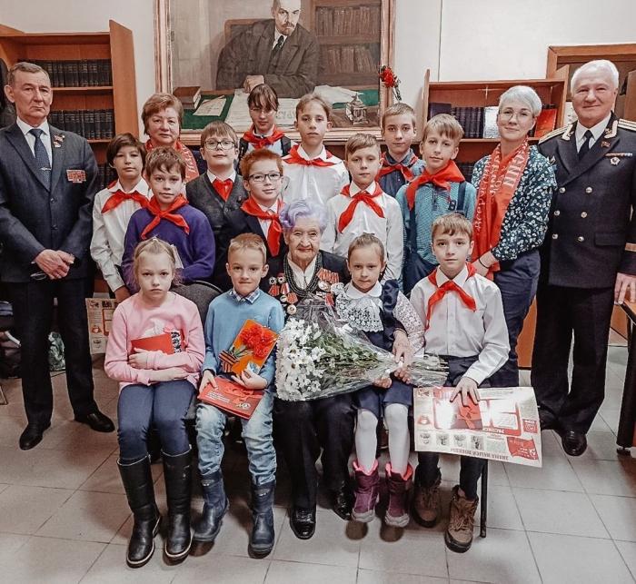 77–я годовщина Победы советского народа  над фашизмом под Сталинградом