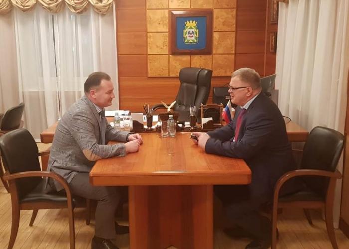 Александр Наумов провёл рабочую встречу с главой Ленинского городского округа Алексеем Спасским