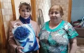 Клинские коммунисты начали раздавать пенсионерам продовольственные наборы