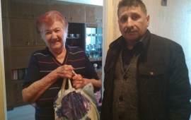 Клинские коммунисты продолжают помогать пенсионерам