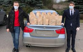 Дмитровские волонтеры, под эгидой КПРФ, помогают людям