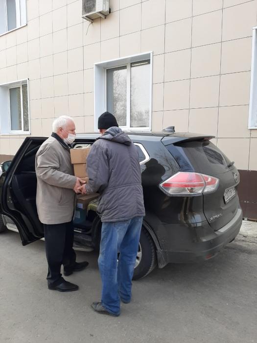 Коммунисты Подольска помогают больницам