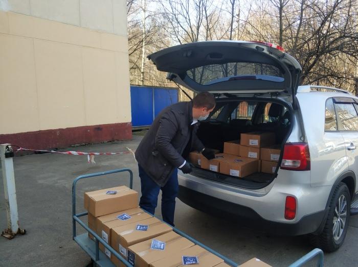 Коммунисты Ленинского г.о. помогают медучреждениям