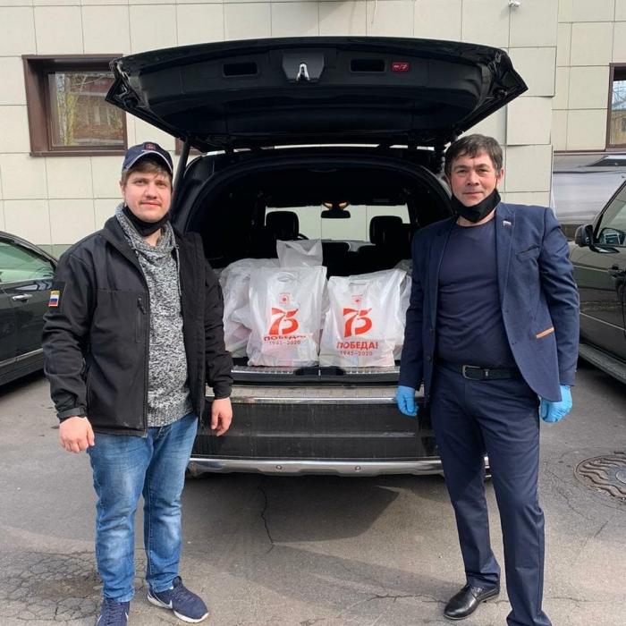 Коммунисты Королёва поздравляют ветеранов