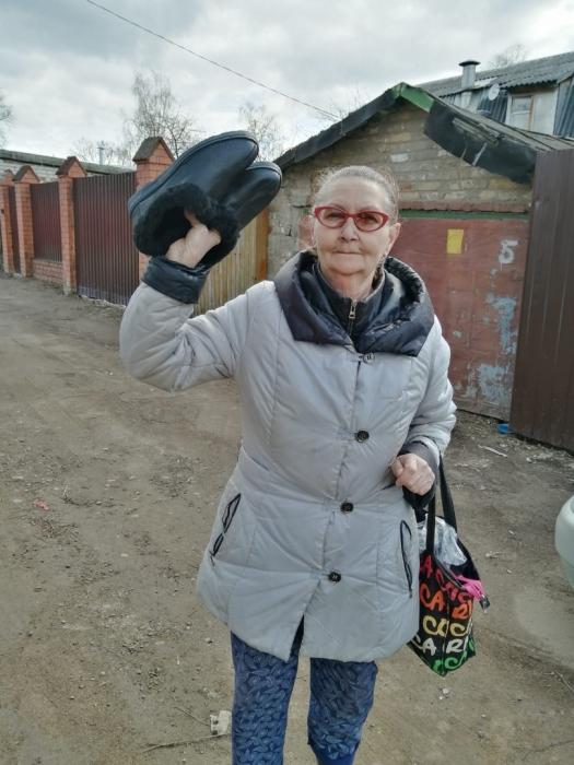 Пушкинские коммунисты помогают нуждающимся