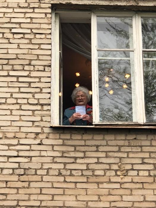 Коммунисты Щёлково поздравили ветеранов