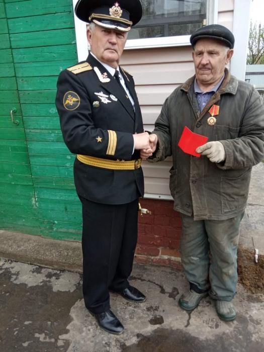 Воскресенские коммунисты чествуют ветеранов