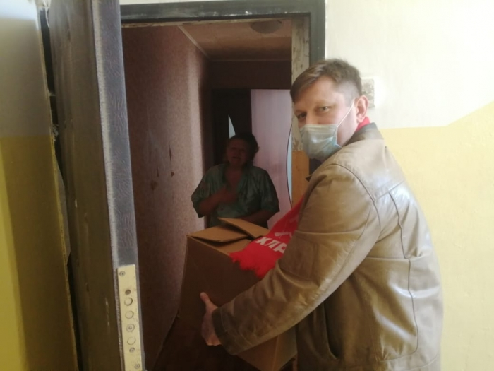 Сергиево-Посадские коммунисты помогают ветеранам