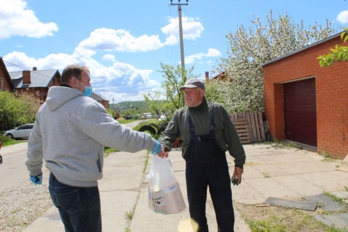 Озёрские коммунисты в строю помощи нуждающимся