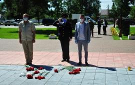 Озёрские коммунисты чтут память о павших в годы Великой Отечественной войны