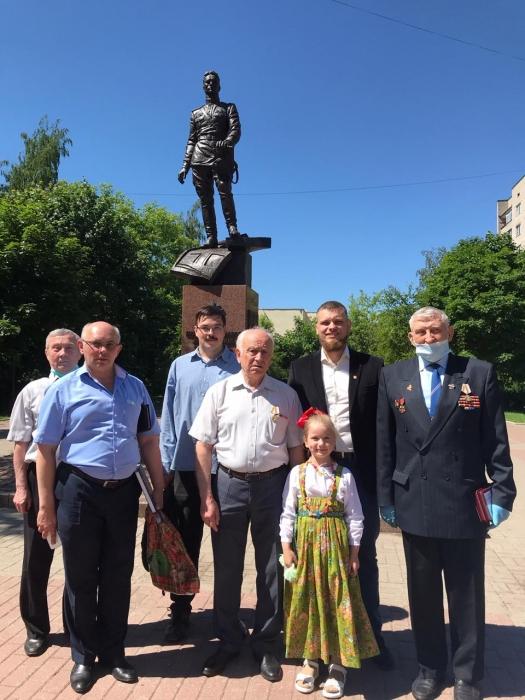 Не забудем подвиги великого советского солдата!