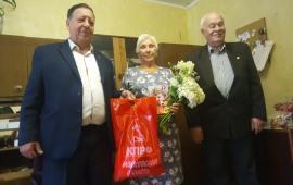 Коммунисты Каширы поздравляют ветеранов