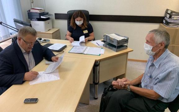 Депутат Мособлдумы Александр Наумов провёл приём граждан в наукограде Протвино