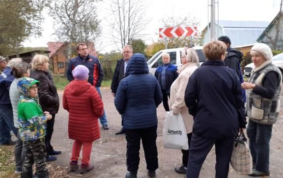 Депутат-коммунист Александр Наумов  встретился с жителями села Липитино