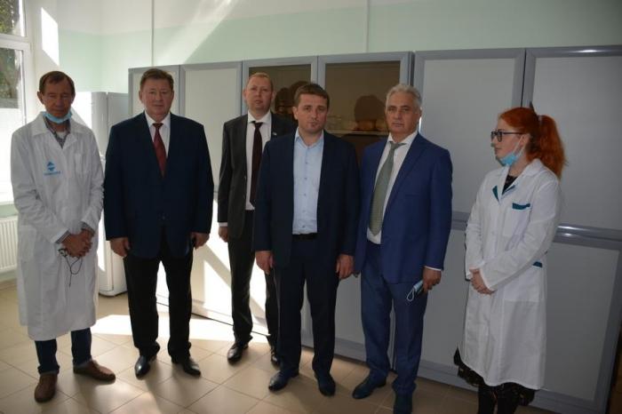 В.И. Кашин с рабочим визитом посетил филиал ВГБНУ «ВНИРО» по пресноводному рыбному хозяйству