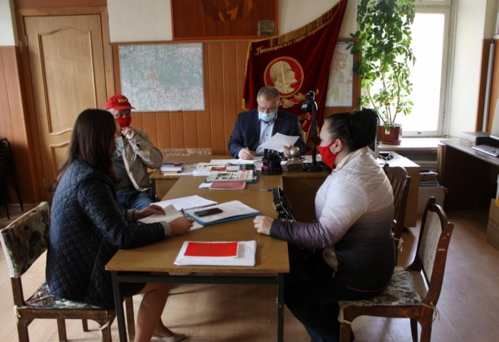 Депутат-коммунист Александр Наумов, в региональную неделю, провел прием граждан в шести городских округах Подмосковья