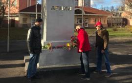 Коммунисты Пушкино отметили 103-ю годовщину Октябрьской революции