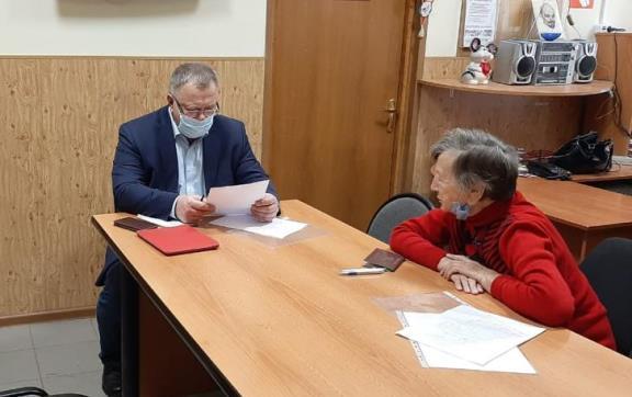 Депутат-коммунист Александр Наумов провёл прием граждан в Подольске